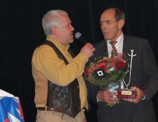 Raoul Lambert wint  trofee van sportverdienste 2012